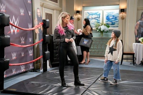 Punky-Brewster-WWE-Alexa-Bliss-Charlotte-Flair-1-600x400