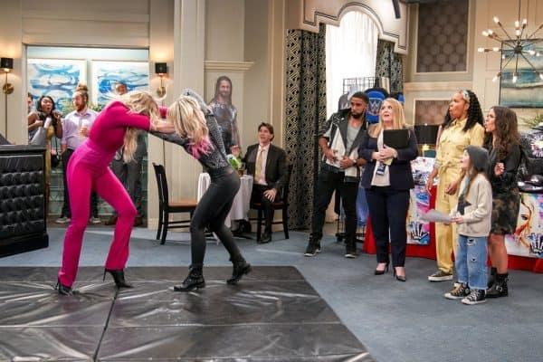 Punky-Brewster-WWE-Alexa-Bliss-Charlotte-Flair-3-600x400