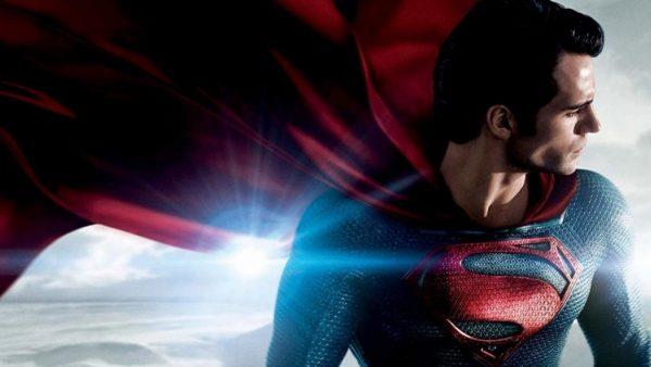 Superman-Henry-Cavill-600x338