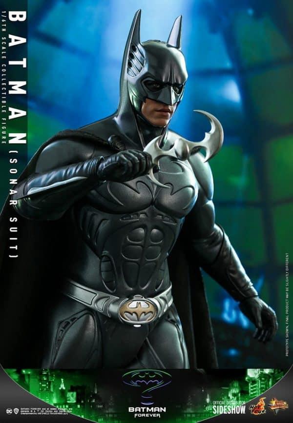 batman-sonar-suit_dc-comics_gallery_60198e9cb15e0-600x867