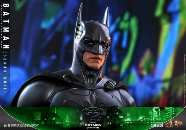 batman-sonar-suit_dc-comics_gallery_60198eb54ed43-600x420