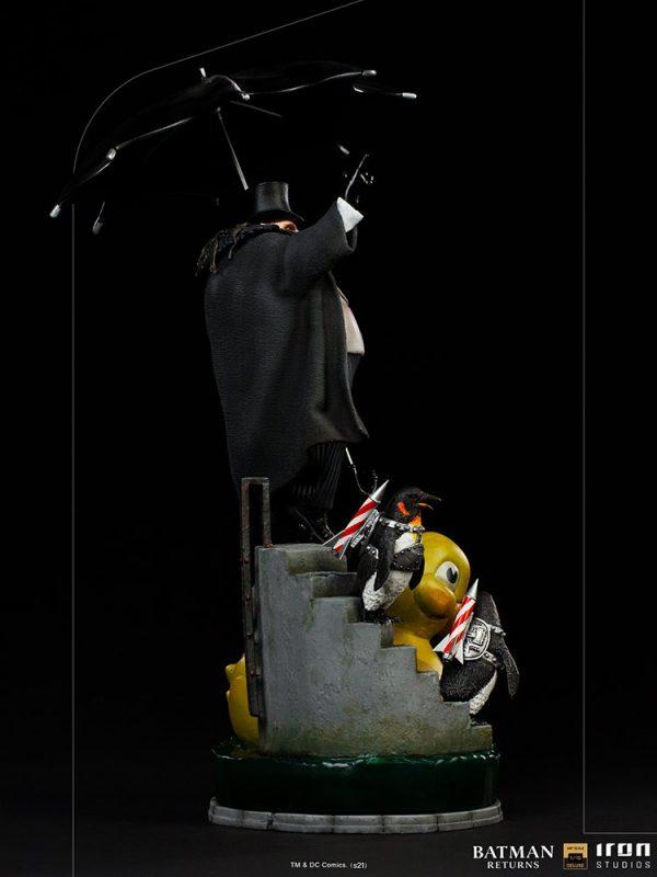 penguin-deluxe_dc-comics_gallery_602b25e5004aa-600x800