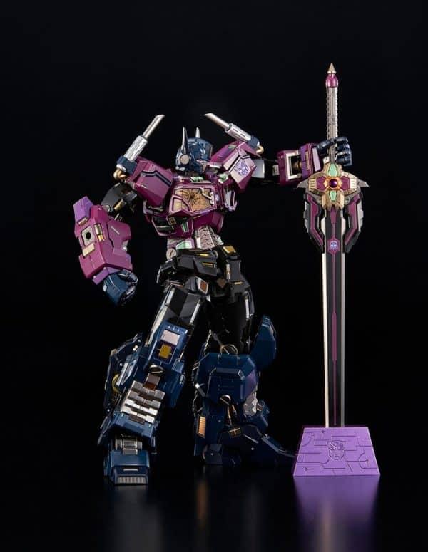 shattered-glass-optimus-prime_transformers_gallery_602ab42b2489b-600x775