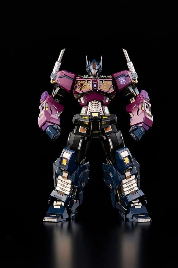 shattered-glass-optimus-prime_transformers_gallery_602ab42bc006d-600x900