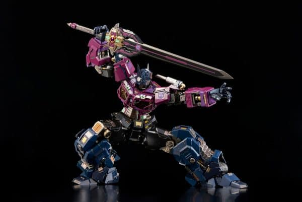 shattered-glass-optimus-prime_transformers_gallery_602ab42daffe5-600x401