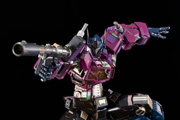 shattered-glass-optimus-prime_transformers_gallery_602ab42f33496-600x401