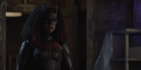 Batwoman-207-1-600x300