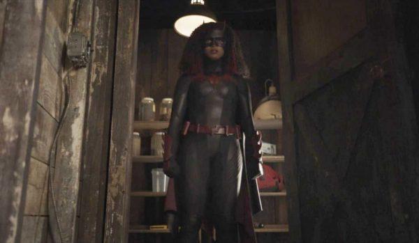 Batwoman-207-2-1-600x349