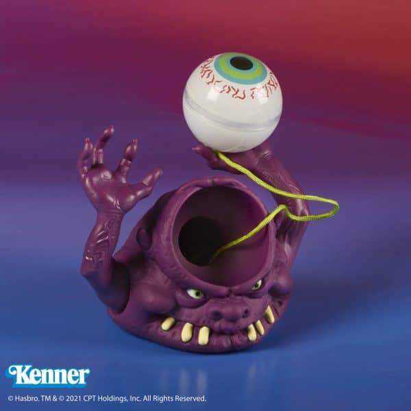 F2702_PROD_GHB_Kenner_Bug_Eye_Ghost_187786-600x600