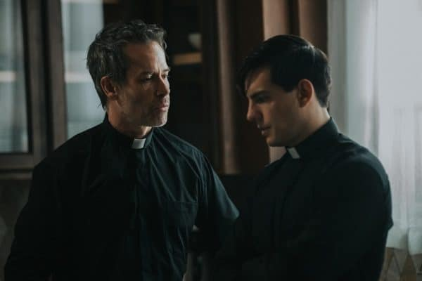 Guy-Pearce-and-Vadhir-Derbez-The-Seventh-Day-600x400