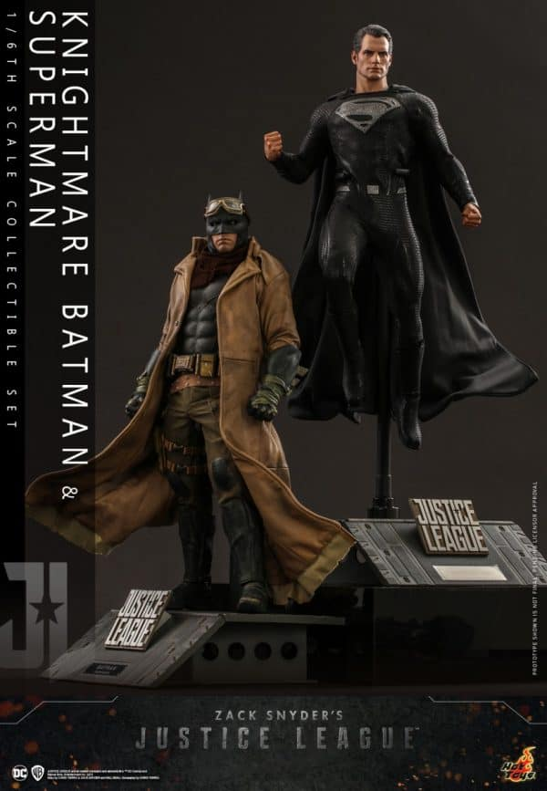 Hot-Toys-Zack-Snyder-Justice-League-Knightmare-Batman-and-Superman-Collectible-Set_PR1-600x867
