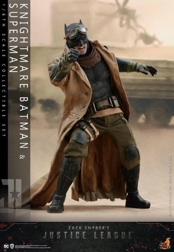 Hot-Toys-Zack-Snyder-Justice-League-Knightmare-Batman-and-Superman-Collectible-Set_PR10-600x867