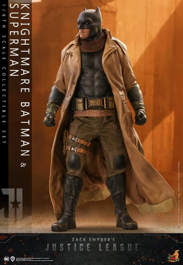 Hot-Toys-Zack-Snyder-Justice-League-Knightmare-Batman-and-Superman-Collectible-Set_PR3-600x867