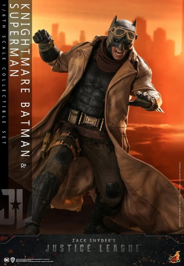 Hot-Toys-Zack-Snyder-Justice-League-Knightmare-Batman-and-Superman-Collectible-Set_PR4-600x867