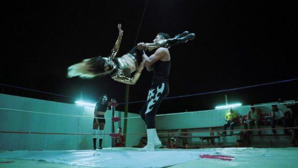 Luchadoras-003-600x338