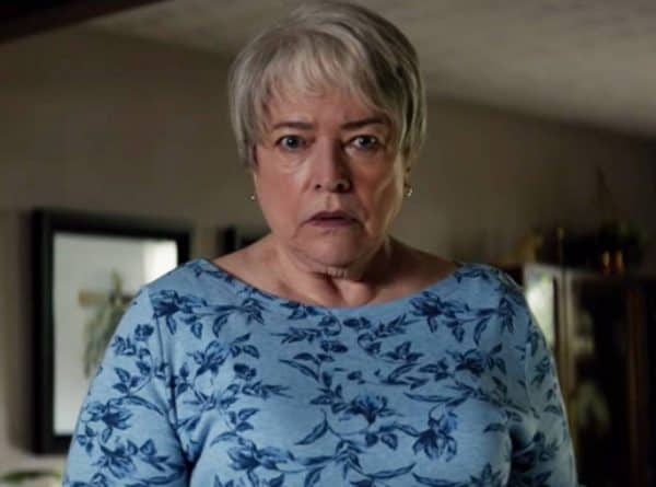 Richard-Jewel-Kathy-Bates-600x445