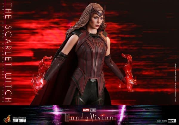 the-scarlet-witch-sixth-scale-figure-by-hot-toys_marvel_gallery_6046e6ef0e1e4-600x422