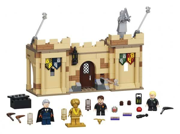 LEGO_-Harry-Potter_-Hogwarts_-First-Flying-Lesson-76395-1-600x448