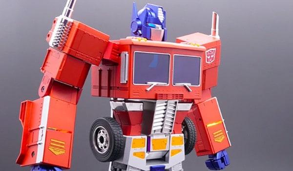 Optimus-Prime-self-transforms