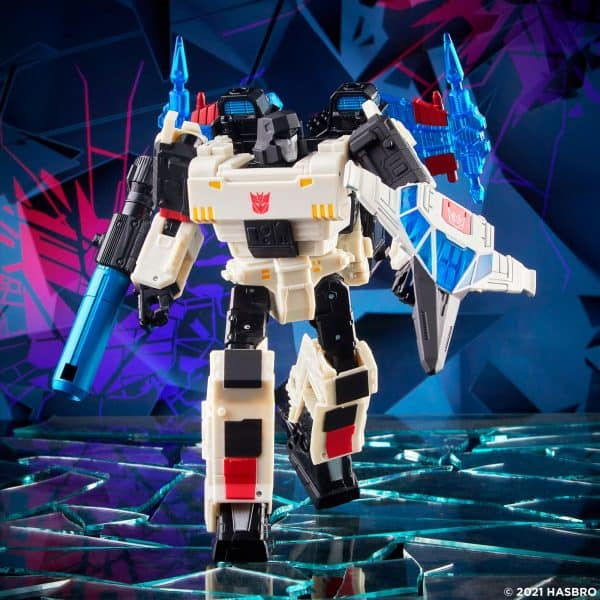 Transformers-Generations-Shattered-Glass-Voyager-Class-Megatron-1-600x600