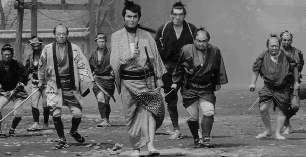 Yojimbo-Akira-Kurosawa-1961-Mifune-Kicks-Ass-Scene-2-5-screenshot-600x308