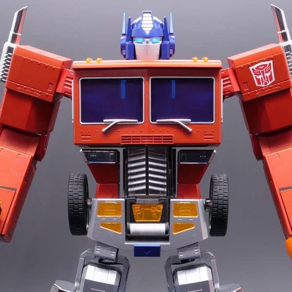 ransformers-Optimus-Prime-Auto-Converting-Programmable-Advanced-Robot-1-600x600