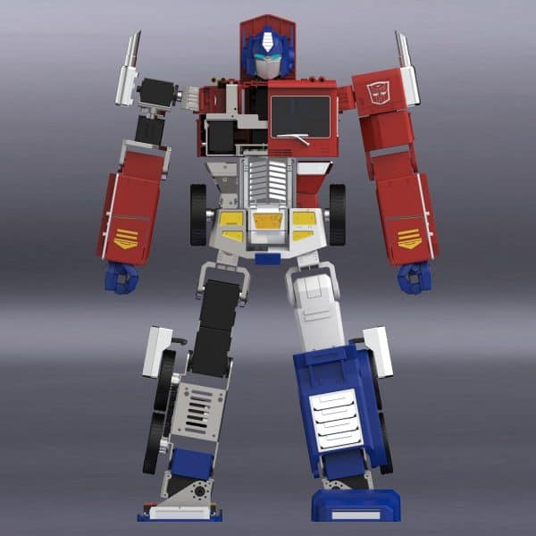 ransformers-Optimus-Prime-Auto-Converting-Programmable-Advanced-Robot-2-600x600