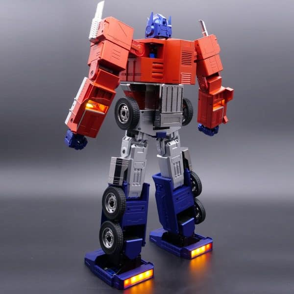 ransformers-Optimus-Prime-Auto-Converting-Programmable-Advanced-Robot-4-600x600