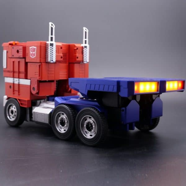 ransformers-Optimus-Prime-Auto-Converting-Programmable-Advanced-Robot-6-600x600