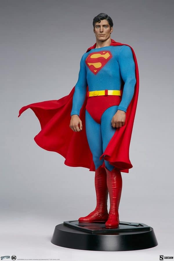 superman-the-movie-premium-format-figure_dc-comics_gallery_60651ff86bed9-600x900