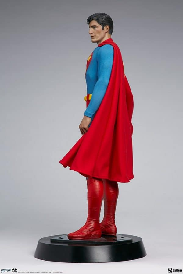 superman-the-movie-premium-format-figure_dc-comics_gallery_60651ff8c29a8-600x900