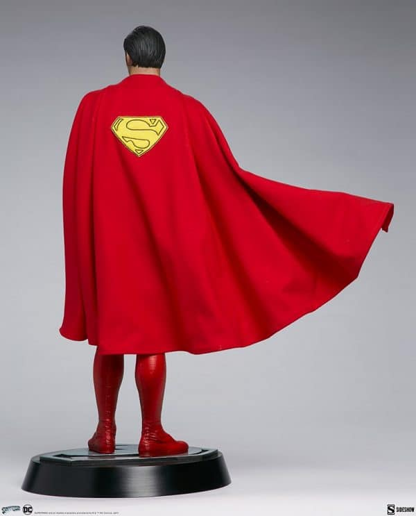 superman-the-movie-premium-format-figure_dc-comics_gallery_60651ff9347aa-600x743