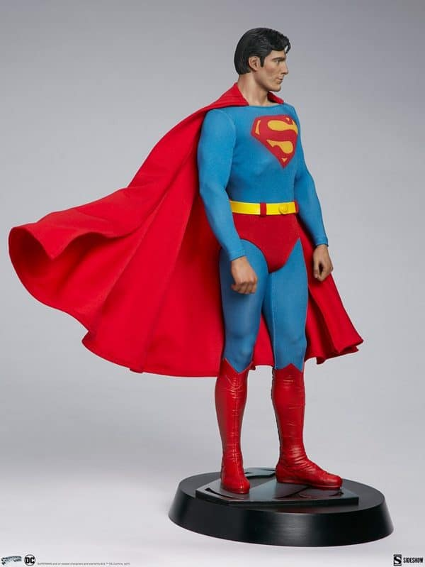 superman-the-movie-premium-format-figure_dc-comics_gallery_60651ff9a60ca-600x799