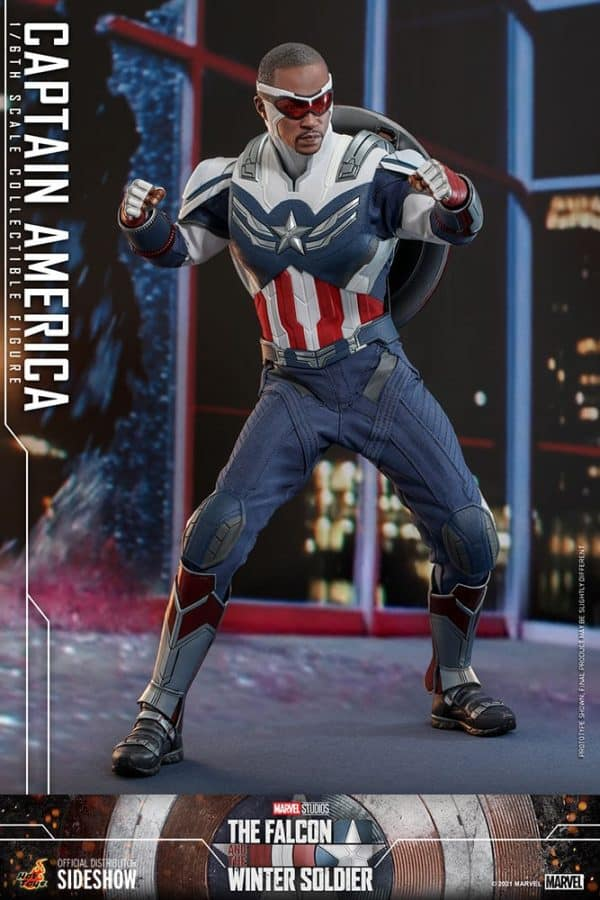 Captain-America-Sam-Wilson-Hot-Toys-8-600x900