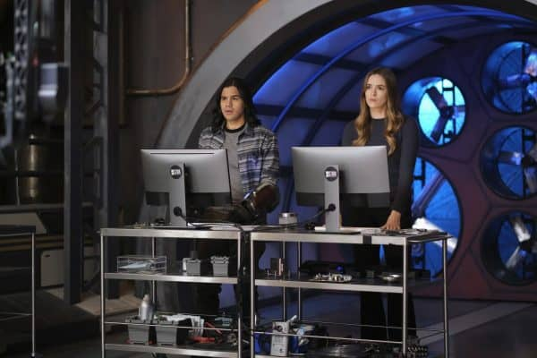 Promo and images for The Flash Season 7 Episode 10
