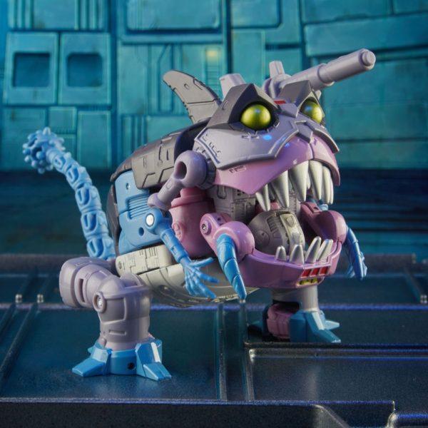 Transformers-Gnaw-5-600x600